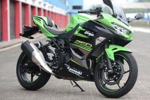 Kawasaki 2021 Ninja 250 SE