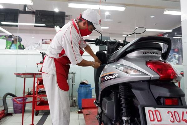 Paket Biaya Servis Motor Ringan Honda